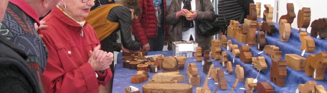 Marché d'Art et d'Artisanat du Bois à Givarlais